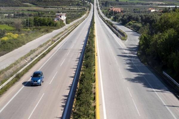 Απαγόρευση κυκλοφορίας: Πάνω από 1.200 πρόστιμα για άσκοπη μετακίνηση - Αρκετές οι συλλήψεις