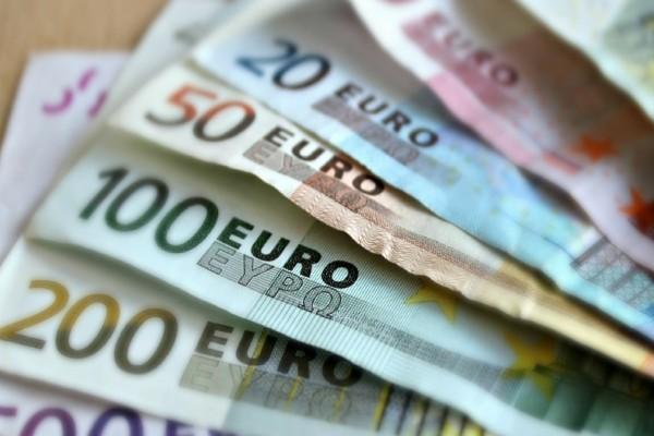 Κορωνοϊός: Ανοίγει η πλατφόρμα για την επιστρεπτέα προκαταβολή του 1 δισ. ευρώ για τις επιχειρήσεις