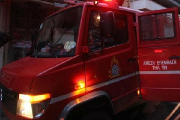 Συναγερμός στα Θεσσαλονίκη - Φωτιά  στα Λαδάδικα
