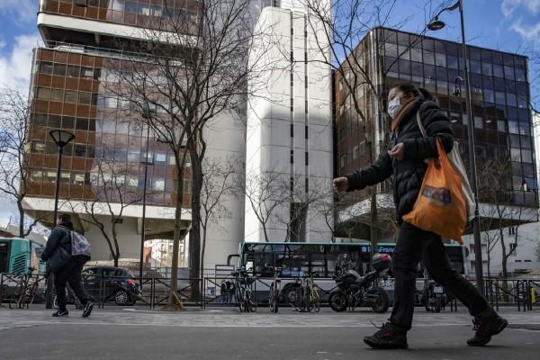 Στο έλεος του κορωνοϊού η Γαλλία - Ξεπέρασαν τις 12.000 οι νεκροί