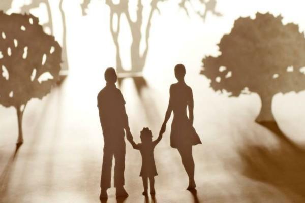 """""""Η μητριά μου και ο άντρας της έγιναν οι γονείς μου..."""" - Η αληθινή ιστορία που ραγίζει καρδιές"""
