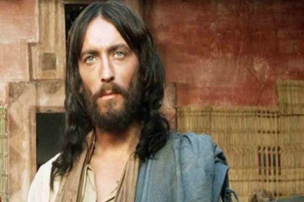 Ο Ιησούς από τη Ναζαρέτ: Η καθηλωτική σειρά που αγαπάμε να βλέπουμε κάθε Πάσχα -  Πότε ξεκινάει και σε ποιο κανάλι