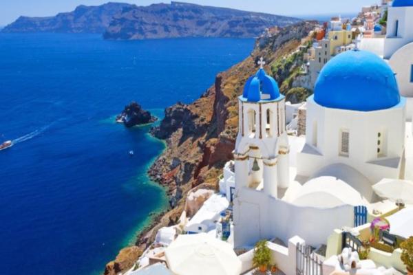 Κορωνοϊός: Ευχάριστα τα νέα για το καλοκαίρι στην Ελλάδα με εξασθενημένο τον ιό