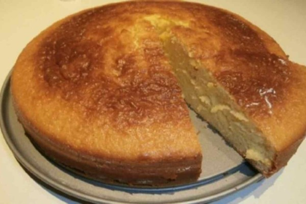 Αφράτο κέικ με με ζαχαρούχο γάλα χωρίς βούτυρο!