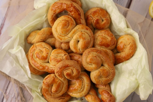 Γιαγιαδίστικα κουλουράκια της Λαμπρής - Το μυστικό με την ζάχαρη άχνη
