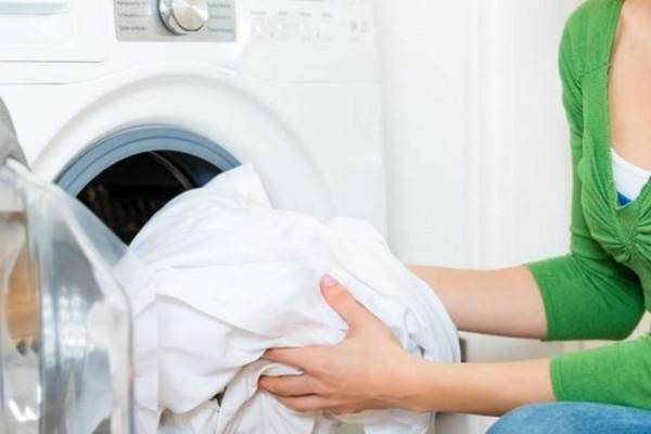 Σε αυτή την θερμοκρασία σκοτώνονται τα μικρόβια των ρούχων στο πλυντήριο - Μεγάλη προσοχή