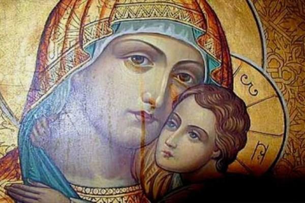 «Δεν πρέπει να φύγεις από την Ελλάδα... Η Παναγία θα σε κάνει καλά εδώ.Εάν φύγεις θα...»!