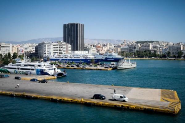 Σοκ στον Πειραιά: Άνδρας ανασύρθηκε νεκρός στο λιμάνι