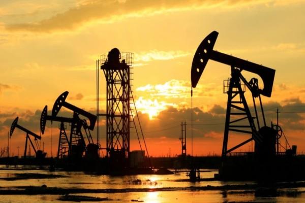 Θρίλερ με το αργό πετρέλαιο: Ανέκαμψε μετά την αρνητική τιμή-σοκ εξαιτίας του κορωνοϊού