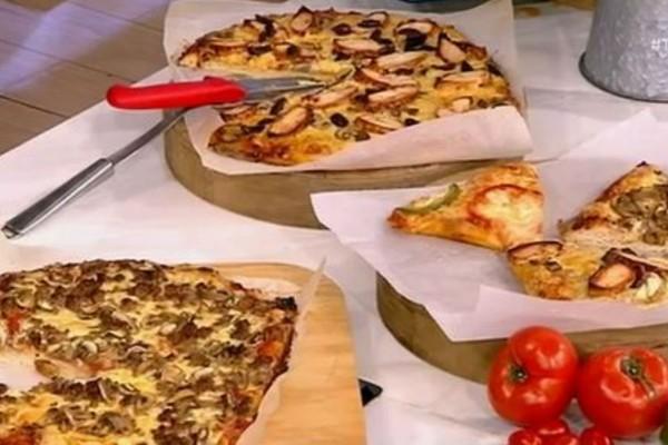 Πίτσα με κιμά και πίτσα σπέσιαλ με κοτόπουλο BBQ (Video)