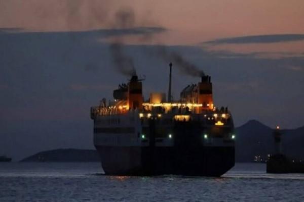 Σοκ: Τραγικός θάνατος στο πλοίο για δύο ηλικιωμένους την ίδια ημέρα (video)