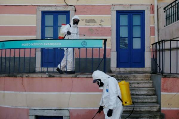 Κορωνοϊός Πορτογαλία: Περισσότεροι από 100 πρόσφυγες θετικοί στον ιό