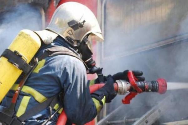 Φωτιά στον Χολαργό - Γέμισε καπνούς η περιοχή