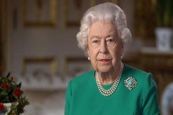 Εξελίξεις στο Buckingham: Το ιδιαίτερο τηλεφώνημα στη Βασίλισσα Ελισάβετ για τα γενέθλιά της