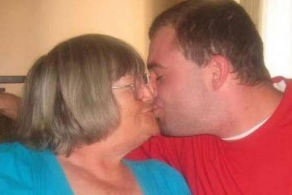 72χρονη γιαγιά σε σχέση με τον 26χρονο εγγονό της! Περιμένουν το πρώτο τους παιδί!