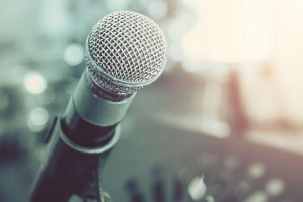 Σοκ: Αυτοκτόνησε τραγουδίστρια γιατί δεν άντεχε την καραντίνα