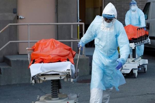 Ανείπωτη τραγωδία στις ΗΠΑ: Στους 1.939 οι νεκροί από κορωνοϊό το τελευταίο 24ωρο!