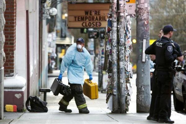 Τραγωδία δίχως τέλος στις ΗΠΑ: Ξεπέρασαν τους 1.000 οι νεκροί μέσα σε ένα 24ωρο