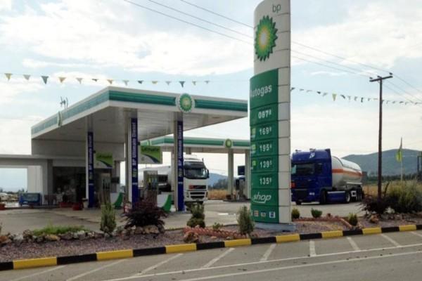 Φοβερό: Ο κορωνοϊός έριξε στο 1,198 την τιμή της αμόλυβδης βενζίνης - Κάτω από το 1 ευρώ το πετρέλαιο!