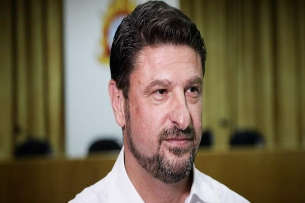 Έξαλλος ο Νίκος Χαρδαλιάς: Ζήτησε εισαγγελική παρέμβαση για τη Θεία Κοινωνία σε Κουκάκι και Κέρκυρα!