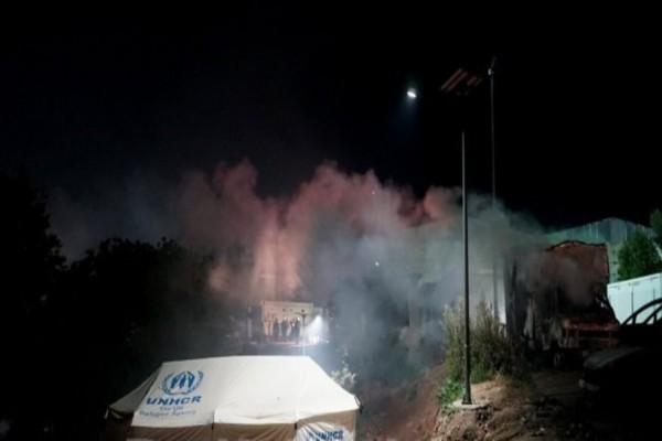 Χίος: Επεισόδια με φωτιές και πετροπόλεμο στη ΒΙΑΛ - Κάηκαν αυτοκίνητα