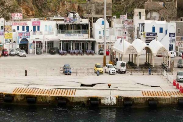 Σαντορίνη: Πρόσκρουση πλοίου με 50 επιβάτες