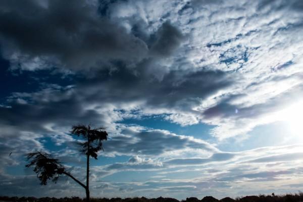 Άστατος ο καιρός και σήμερα - Πού αναμένονται βροχές;