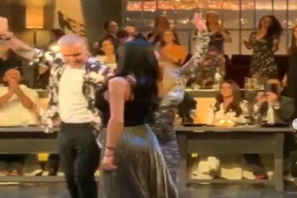 Εγκεφαλικό: Χόρεψαν μαζί τσιφτετέλι πασίγνωστες τραγουδίστριες κάνοντας τους πάντες να αναστενάζουν
