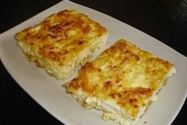 Η τυρόπιτα της μαμάς με 2 κινήσεις - Γρήγορη και λαχταριστή συνταγή