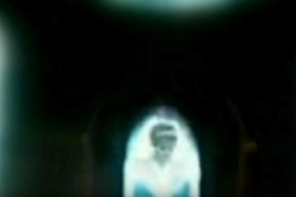 Βίντεο σοκ με την πριγκίπισσα Νταϊάνα: Εμφανίστηκε σε παράθυρο εκκλησίας