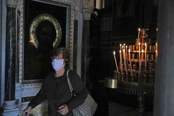 Άρση μέτρων  - Εκκλησίες: Πως ήταν η πρώτη μέρα  - Ποια είναι τα μέτρα προστασίας