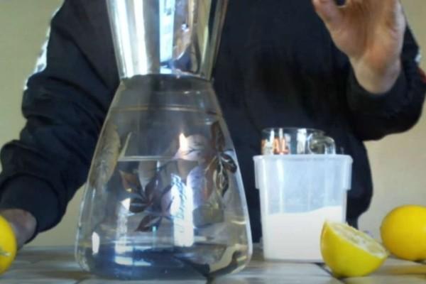 Πιείτε μαγειρική σόδα μαζί με λεμόνι και βάλτε τέλος στη χοληστερίνη -  Το απόλυτο κόλπο