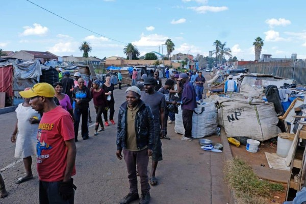Νότια Αφρική: Ραγδαία αύξηση των κρουσμάτων μετά τη χαλάρωση των μέτρων