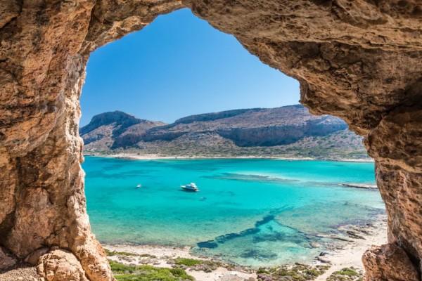 Αποκάλυψη: Πιθανό να ανοίξουν για όλους τους πολίτες Κρήτη, Κέρκυρα και Ρόδος
