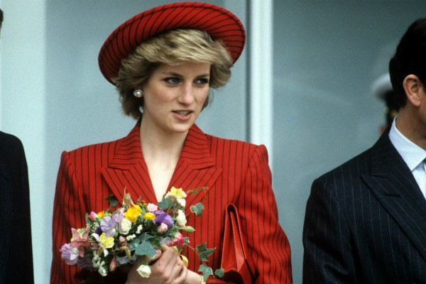Ζει η πριγκίπισσα Νταϊάνα; Στη φόρα φωτογραφία με την Kate Middleton