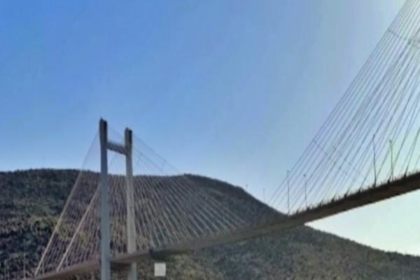 Εύβοια: Γυναίκα έπεσε από την Υψηλή Γέφυρα της Χαλκίδας
