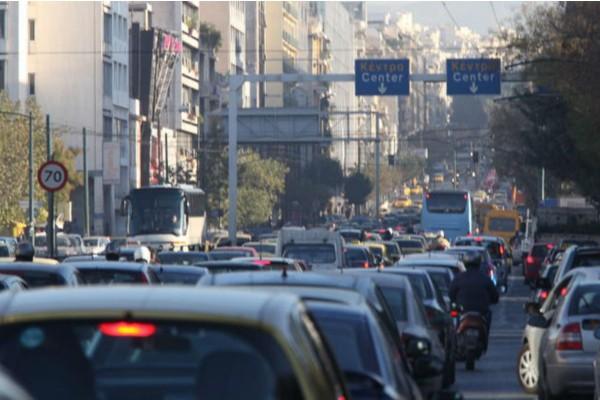 Κυκλοφοριακό κομφούζιο στους δρόμους της Αθήνας - Που παρατηρείται μποτιλιάρισμα (photo)