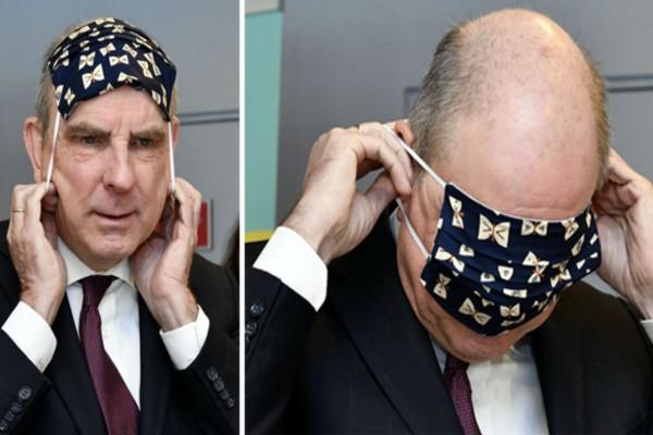 O Αντιπρόεδρος του Βελγίου προσπαθεί να βάλει μια μάσκα και γίνεται viral