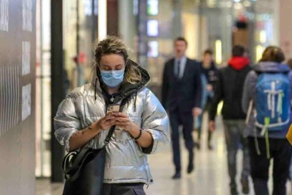 Κορωνοϊός - Ισπανία: Με μάσκα θα κυκλοφορούν στο δρόμο όσοι είναι άνω των 6 ετών