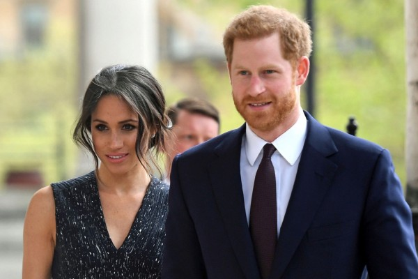 Σοκ στο Buckingham: Στην φόρα τα μυστικά της Μέγκαν Μαρκλ και του Πρίγκιπα Χάρι