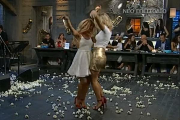 Πανέμορφες Ελληνίδες χορεύουν τσιφτετέλι και κολάζουν τους πάντες!