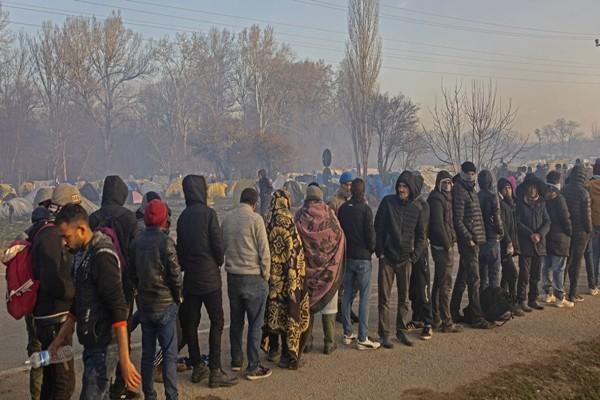Ακραία τουρκική πρόκληση: Στέλνουν και πάλι μετανάστες στον Έβρο