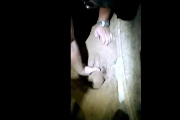Έσκαψαν αυτόν τάφο και ανέσυραν από μέσα ένα μωρό - Έπαθαν σοκ όταν κατάλαβαν ότι...