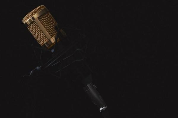 Θλίψη στον καλλιτεχνικό κόσμο: Πέθανε πασίγνωστη τραγουδίστρια (photo-video)