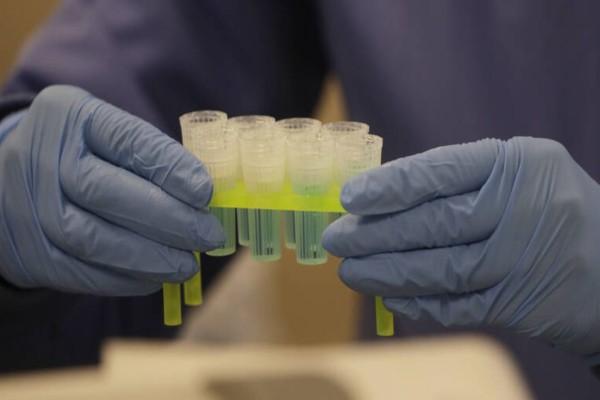 Χαμός για τη ρεμδεσιβίρη: Δεν υπάρχουν αρκετές ποσότητες του φαρμάκου για τους ασθενείς