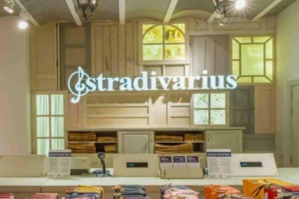 Stradivarius: Βρήκαμε την ιδανική τσάντα για όλες τις ώρες - Έχει τιμή σοκ