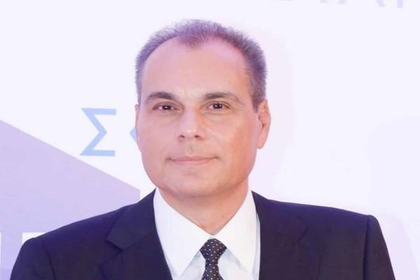 Στο χειρουργείο ο Νίκος Στραβελάκης