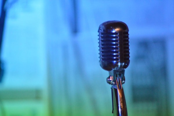 Θρήνος: Πέθανε από καρδιακή προσβολή θρυλικός τραγουδιστής της ροκ