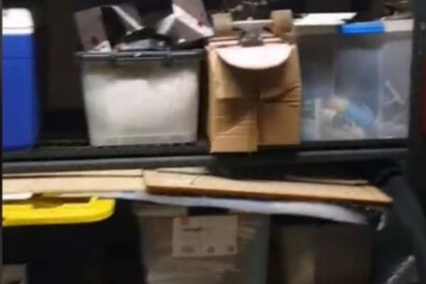 Άνδρας πήγε στην αποθήκη του σπιτιού του - Μόλις άκουσε ένα περίεργο θόρυβο πάγωσε με... αυτό που είδε (Video)
