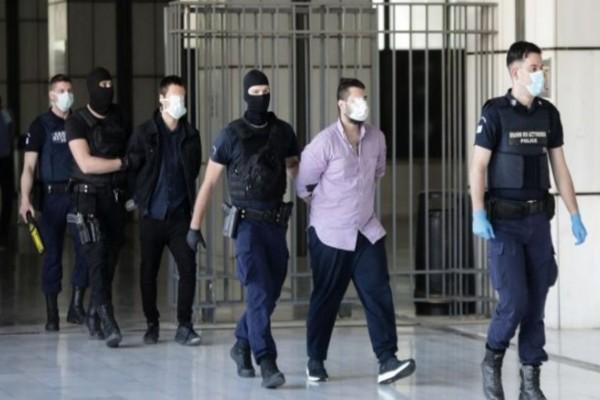 Απίστευτο: Οι δικηγόροι κατηγορούν για προσβλητική συμπεριφορά την Εισαγγελέα της δίκης της Ελένης Τοπαλούδη